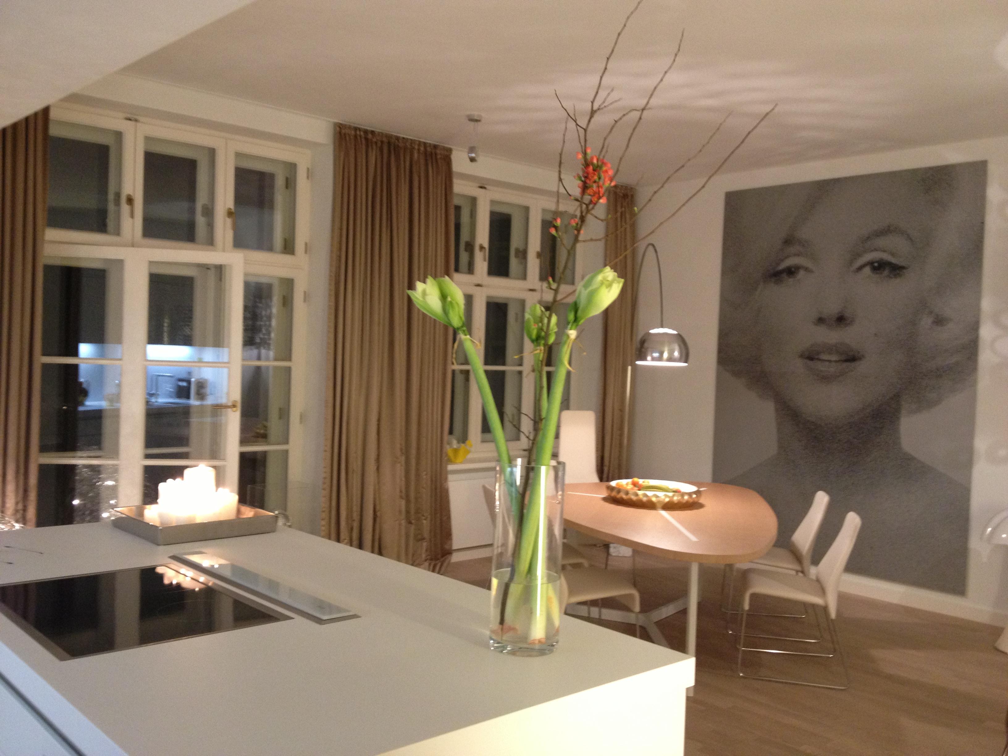image gallery. Black Bedroom Furniture Sets. Home Design Ideas